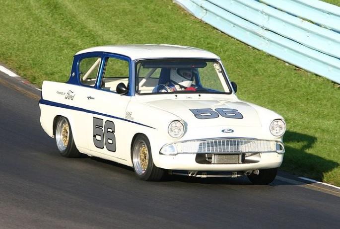 Ford_Anglia_competizione_sportiva