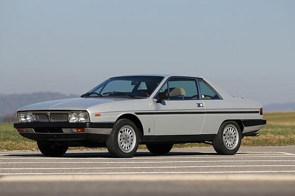 Lancia_gamma_2500_1982