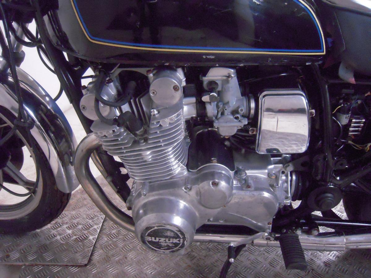 motore_suzuki_gs_850_g