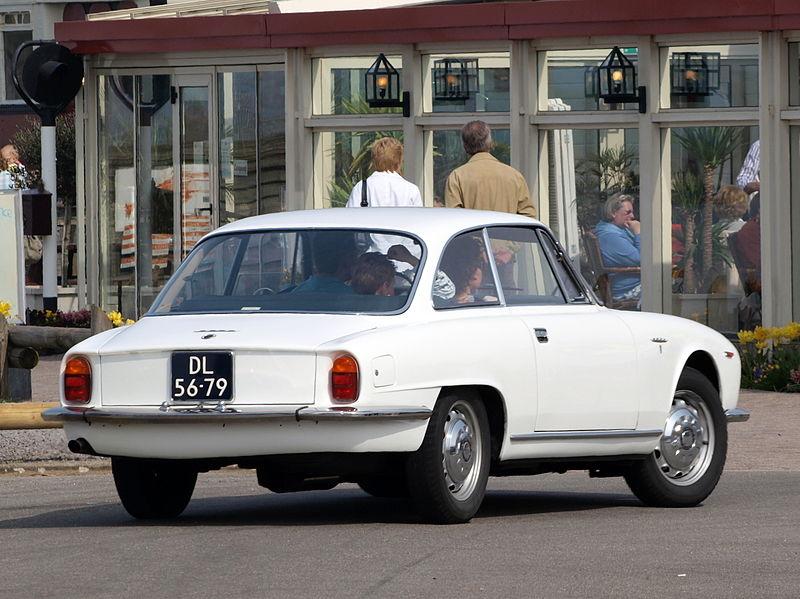 Alfa_Romeo_2600_Sprint_1964