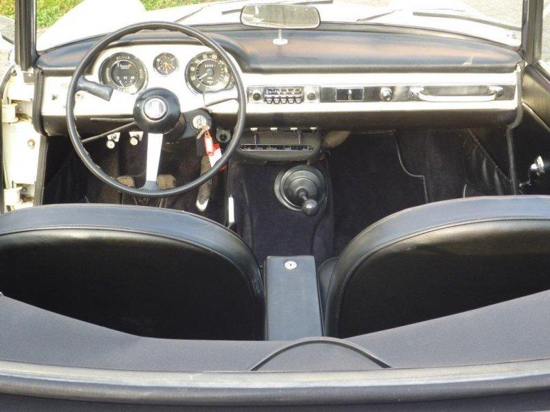 Fiat_1500_cruscotto