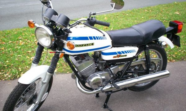 SUZUKI GT 250 – (1971/1983) – Giappone