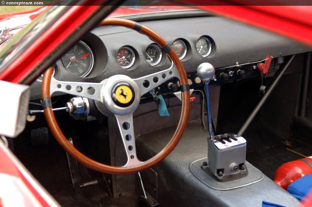 62-Ferrari_250_GTO_Berlintta_interni