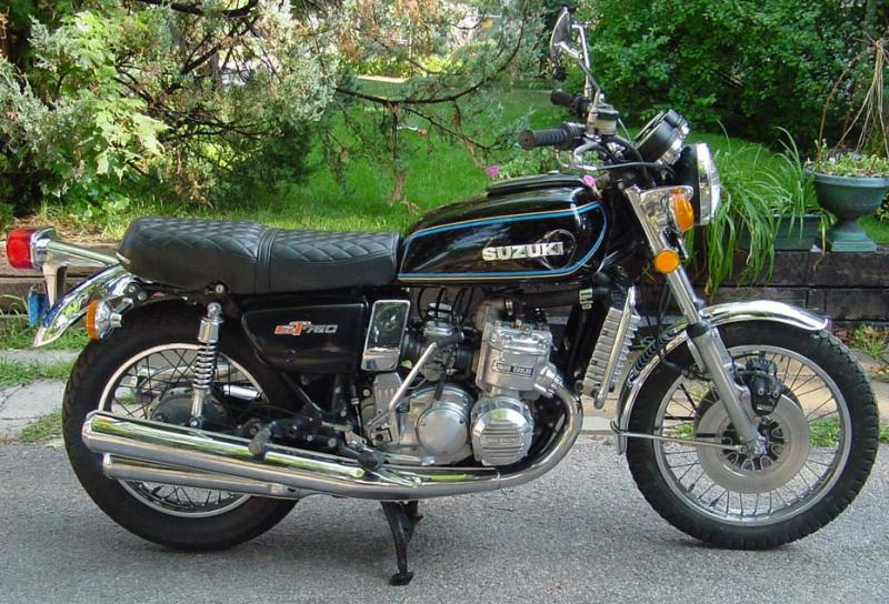 Suzuki_750_gt_profilo_nera