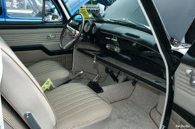 1965_volkswagen_1500_variant_-_black_-_interior[1]