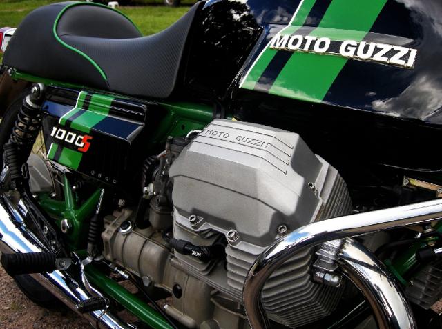 Moto_guzzi_1000_s_motore_engine[1]