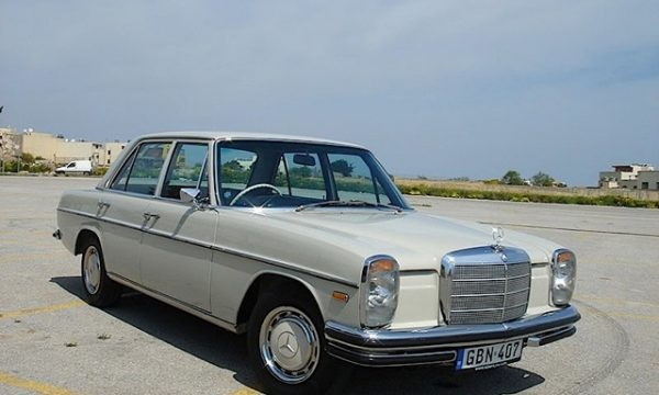 MERCEDES-BENZ 200 / 250 / 280 (W114-W115) – (1968/1976) – Germania