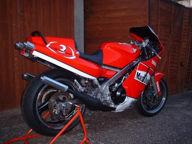 yamaha-rd-500-lc-retro
