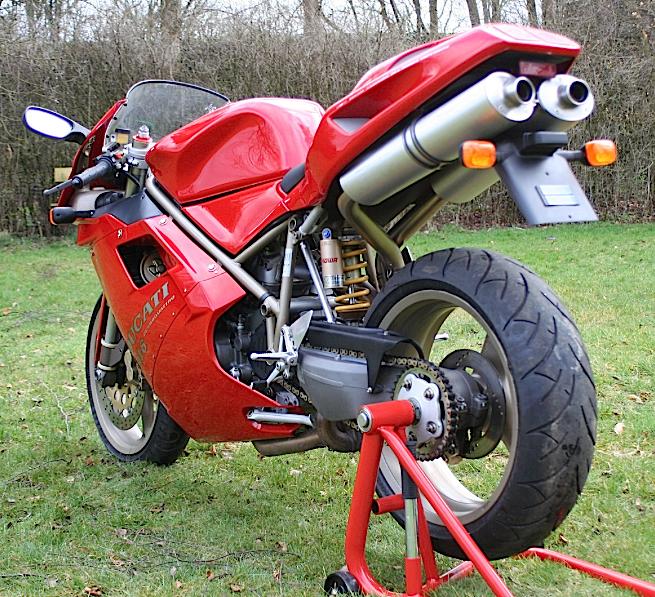 Ducati_916