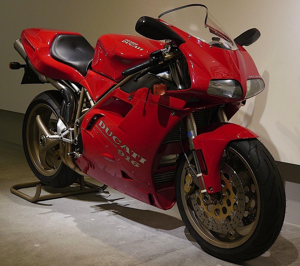Ducati_916_carena