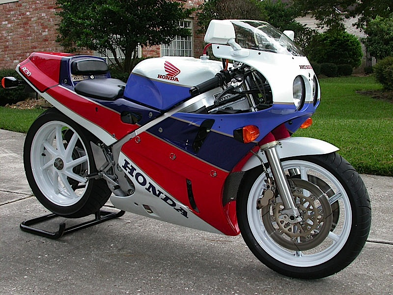 honda rc30 moto d 39 epoca honda vfr con scheda video e foto. Black Bedroom Furniture Sets. Home Design Ideas