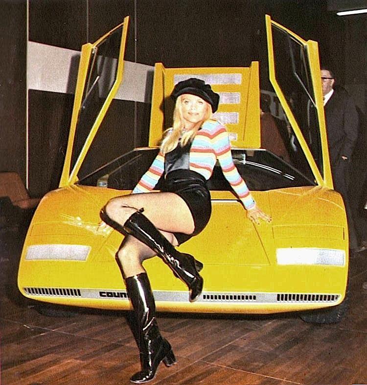 Lamborghini_Countach_Brit_Ekland_prototupo_lp500