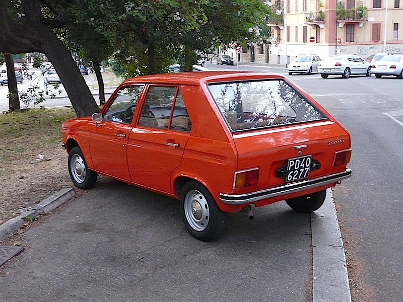 Peugeot-104-retro