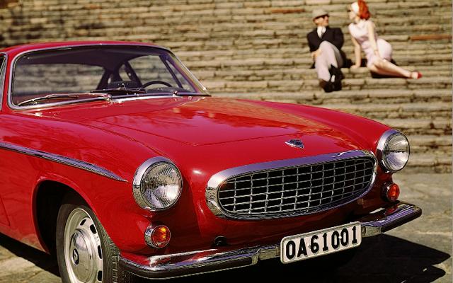 Volvo_1800_foto_vintage[1]