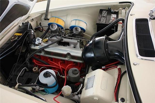 Volvo_1800_motore[1]