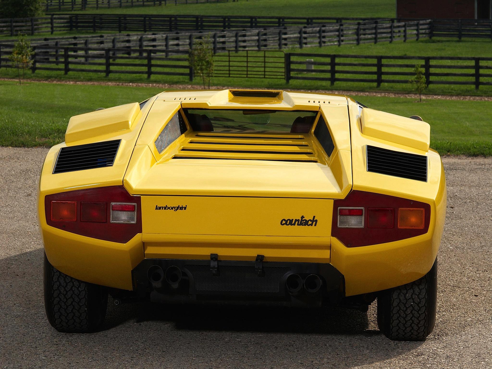 lamborghini_countach_rear_posteriore_1974