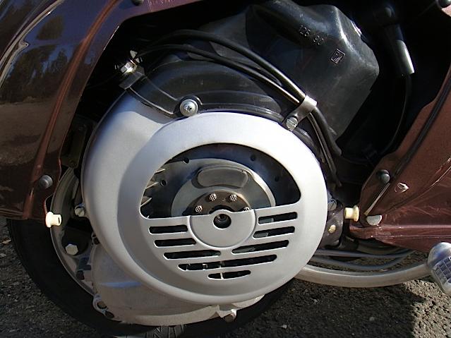 vespa-125-primavera-motore