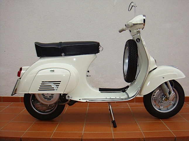 vespa-125-primavera-prima-serie-biancospino-1968