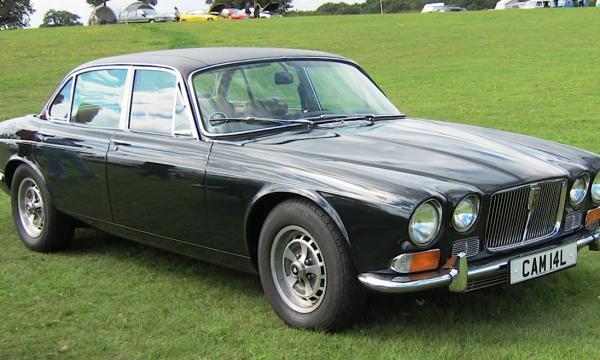 JAGUAR XJ 12 e V12 e XJC (Series II) – (1972/1979) – Gran Bretagna