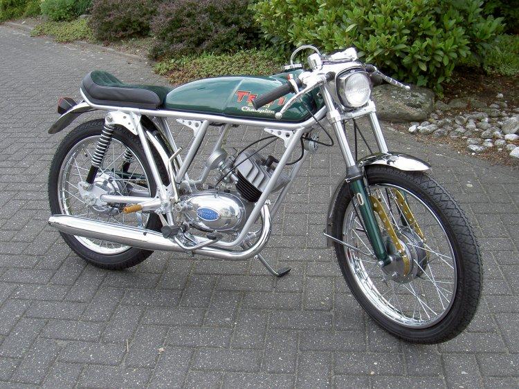 Testi_Champion_1970
