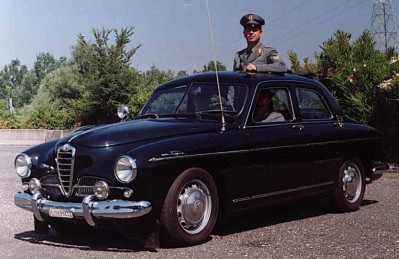 alfa_romeo_ti_1900_super_polizia
