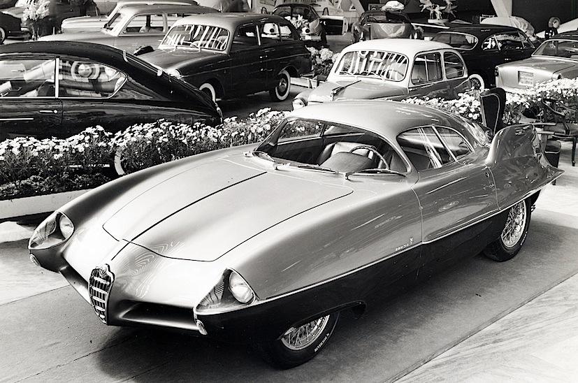 Bertone_Alfa_Romeo_BAT_9_1955_salone_torino
