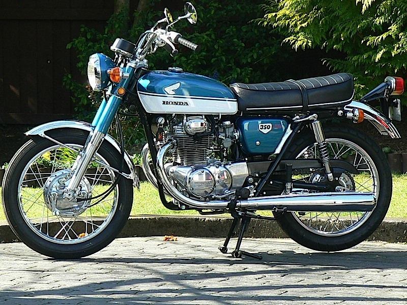 Honda-CB-350-K2_ANNI_70