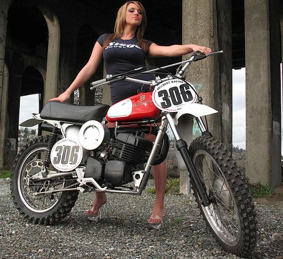 husqvarna_400_cross_1971_woman