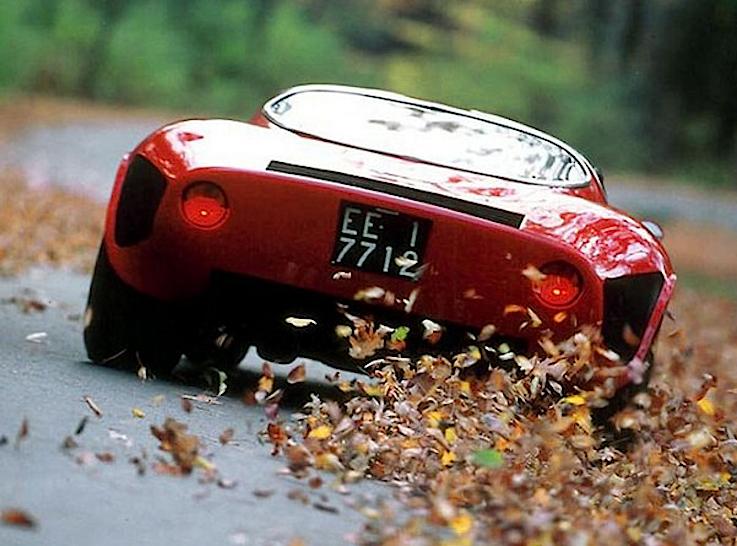 alfa_romeo_tipo_33_stradale_auto_più_bella_del_mondo