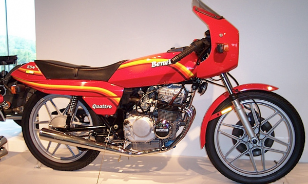 BENELLI 254 – MOTO GUZZI 254 – (1977/1986) – Italia