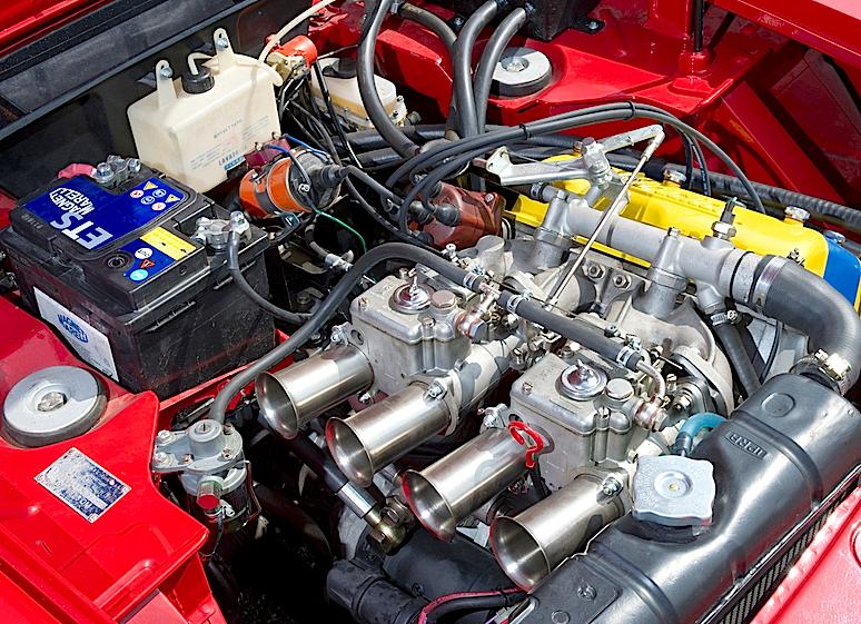 Lancia Fulvia Coupé 1600 HF Corsa motore