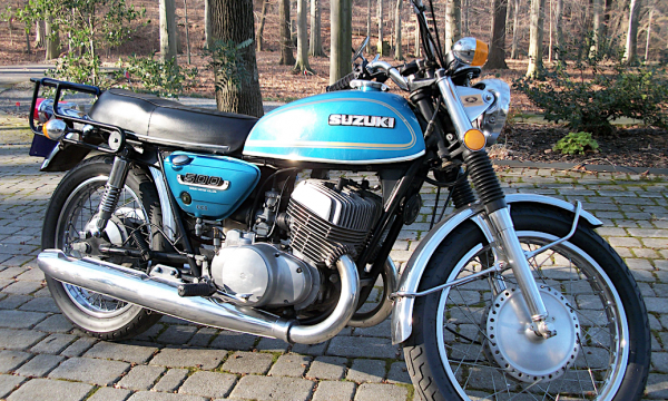 SUZUKI T500 TITAN – (1967/1978) – Giappone