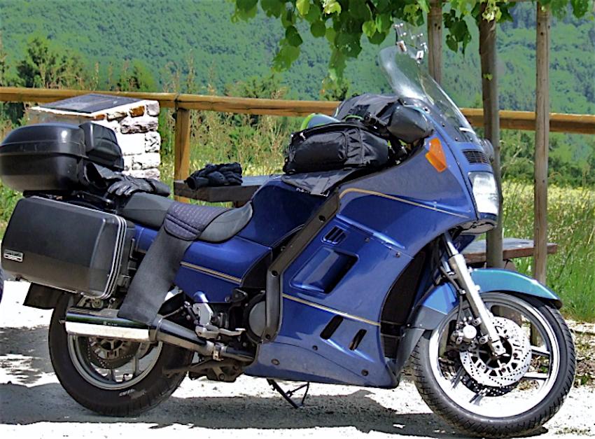 Kawasaki GTR 1000