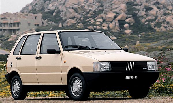 FIAT UNO – la prima serie – (1983/1989) – Italia